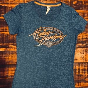 Women's Harley Davidson shirt